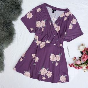 🌿 Torrid Summer Floral Tunic Top 🌿